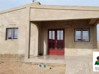 Une villa de type F3 bâtie sur une parcelle de 300 m² en vente à Ouaga 2000 dans la cité Gelpaz