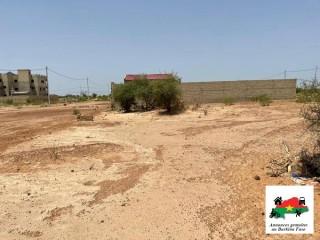 Un terrain de 400 m² avec titre foncier en vente à Ouaga 2000 dans la cité de la diaspora
